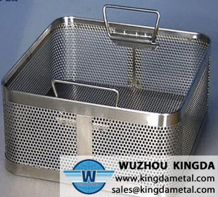 Medical perforated sterilizing tray