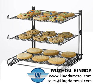 Wire rack for cooling bread