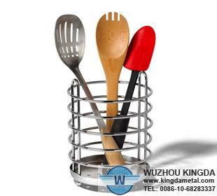 how to clean metal utensils